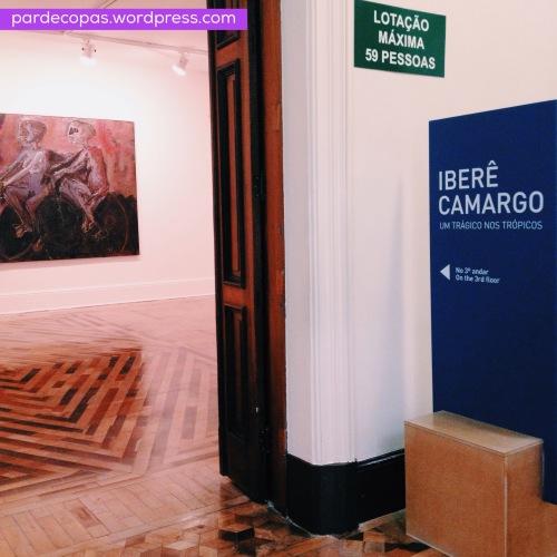 Entrada de um dos espaços da exposição.