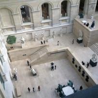 Obras e museu imponentes